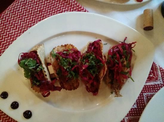 Restaurante El Secreto: Tlacoyos de pato al pibil