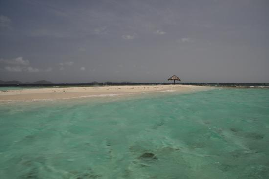 Petit St.Vincent: Mopion, a small sand bar island the hotel will drop you off at