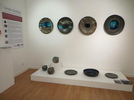 Inverness Museum and Art Gallery: Lotte Glob ceramics