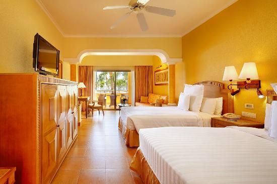 Barcelo Maya Colonial Junior Suite Ocean Front Club Premium