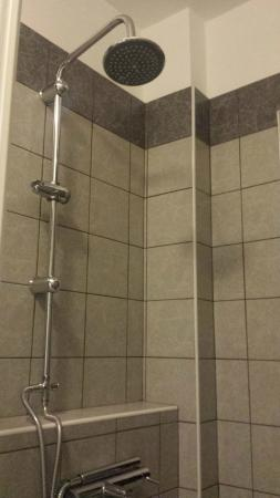 Residence Sole : Shower