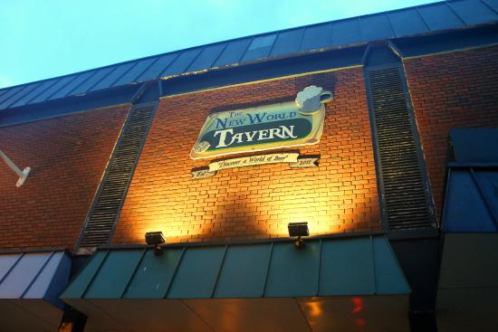 The New World Tavern : entrance sign