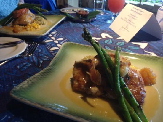 Menu picture of mama 39 s fish house paia tripadvisor for The inn at mama s fish house