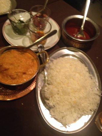 Maison de l'Inde: Au début du repas!!