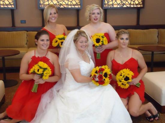 The Lincoln Marriott Cornhusker Hotel: Bridal party in upstairs loft