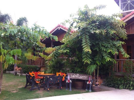 J&J Guesthouse