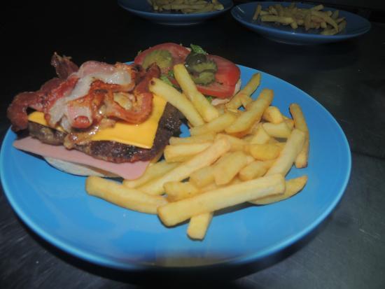 Cafeteria Monka: Hamburguesa MONKA