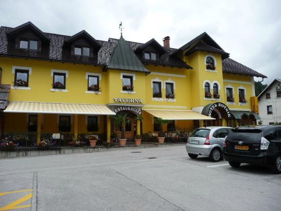 Hotel Kotnik Restaurant & Pizzeria: esterno