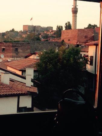 Zenger Pasa Konagi : Ankara'da alternatif arayanlar için güzel bir ortam Güneş'in batışını izlemek güzel ilgi alaka g