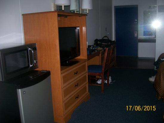 Conley Resort: The room had a large flat screen T.V. microwave and fridge.