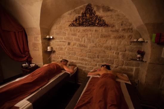 massage aux huiles aromatiques solo picture of naga thai spa paris tripadvisor. Black Bedroom Furniture Sets. Home Design Ideas