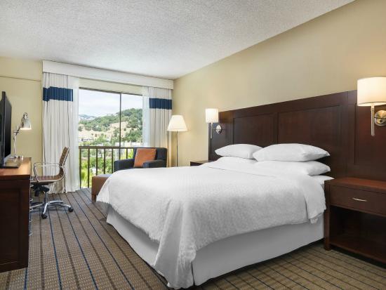 Four Points by Sheraton San Rafael: King Guestroom