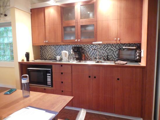 Inn on Columbia: Cottage kitchen