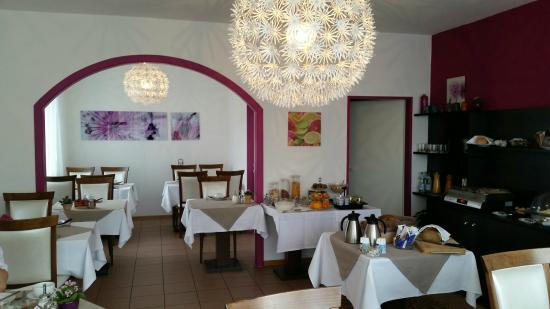 Base1 Hotel Grenzblick: Frühstücksraum
