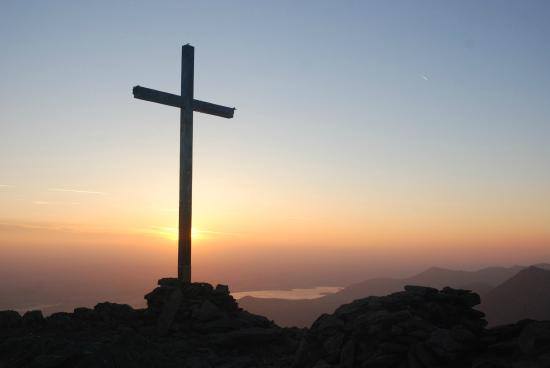 Beaufort, Irlanda: Sunrise from Carrauntoohil  5.15am