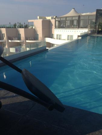 Db San Antonio Hotel Spa Roof Top Infinity Pool