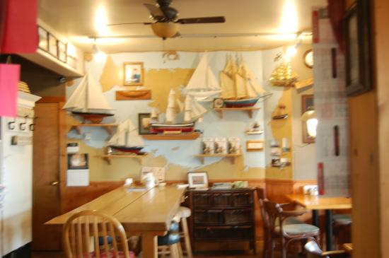 Carvers Coffee House Studio and Pub: Interior of Carvers Pictou