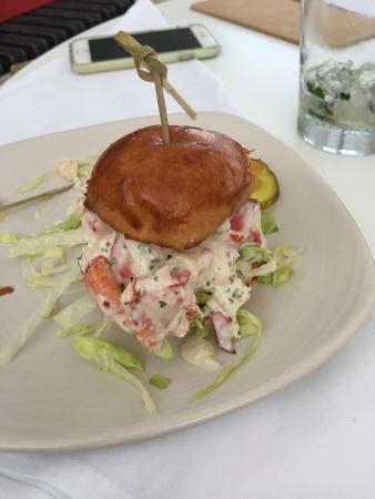 "Escape to the lake – ""big game"" dining guide! 