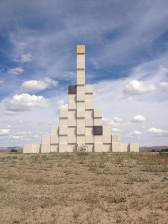 Land Art - The Ratio and Elements