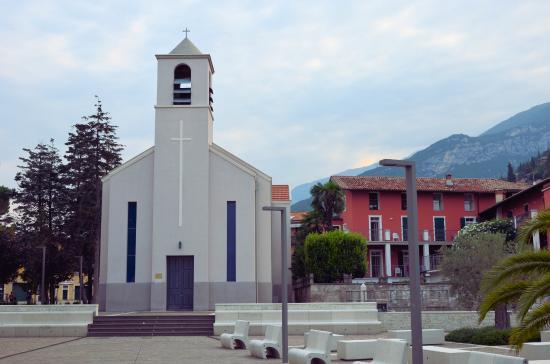 Chiesa di Santa Maria al Lago