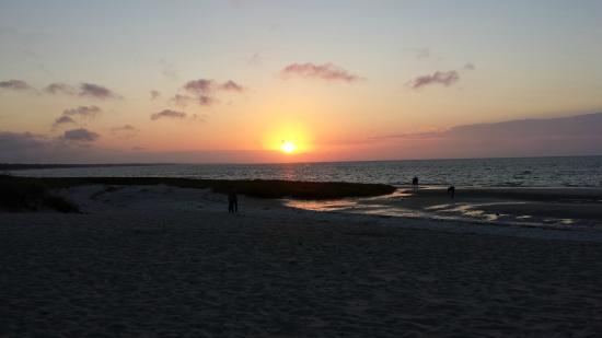 The Villages at Ocean Edge Resort & Golf Club: Sunset at Ocean Edge
