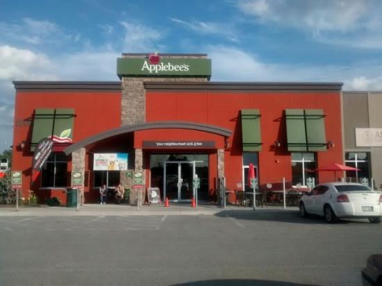 Applebee's: Can't miss us!!!!