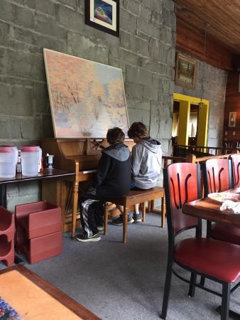 Valle de Bravo Mexican Grill