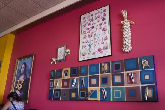 outer clove restaurant garlic themed decor