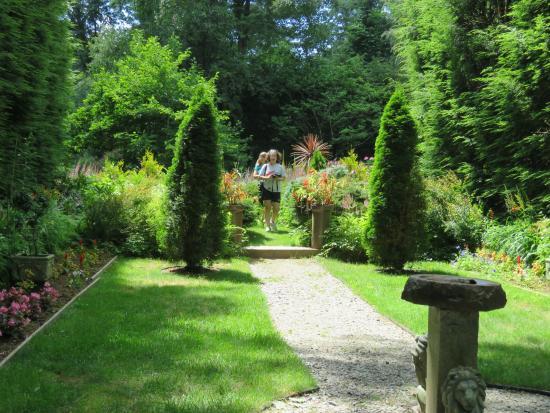 Franklin, NH: Tarbin Gardens