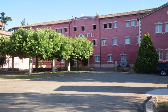 Hotel San Camilo: entrada al hotel