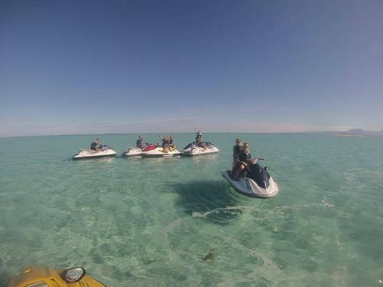 Empuriabrava, Spanyol: Exploring the beautiful transparent waters of Noumea