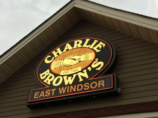 Charlie Brown's: Sign