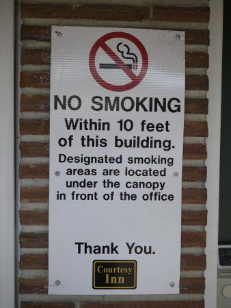 Eugene, Oregón: A No Smoking is strictly enforced.