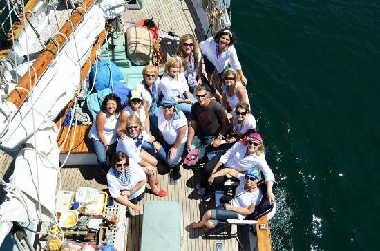 San Juan Classic Day Sailing : Friends Miracle Trip