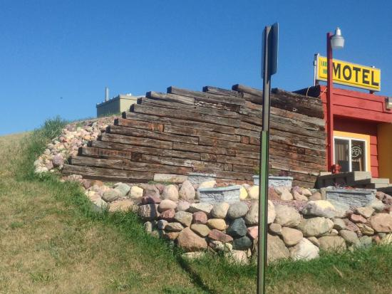 Jackson, MN: Side view