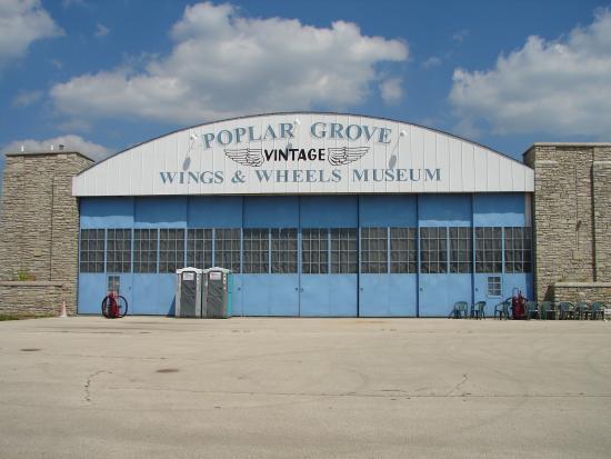 Poplar Grove, إلينوي: Full size of museum building.