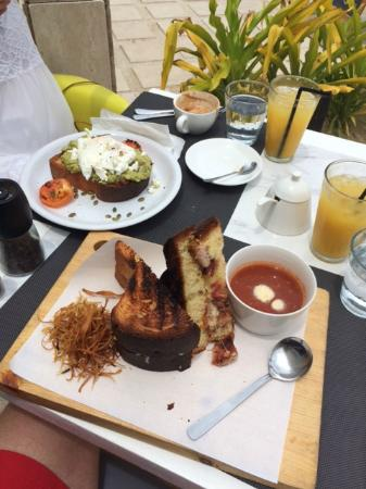 The Sunny Side Cafe: Have to try these!