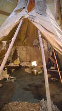 Museum of the Mountain Man: Authentic Displays of Native American Life
