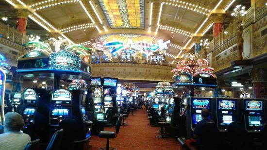 Ameristar casino st louis poker room i love poker israel