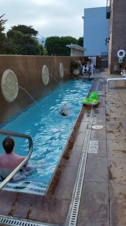 File:Beersheba Elevates small swimming pool IMG 3834.JPG ...