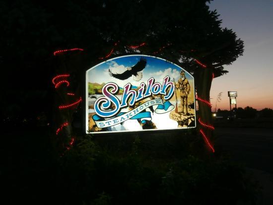 Shiloh Steakhouse: Sign