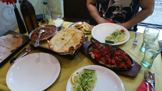 The Curry Garden: The food really does speak for itself, perfect every time :)