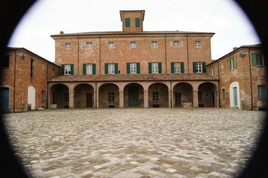 San Mauro Pascoli, Italie : Cortile interno (Foto By Sofia Vicchi)