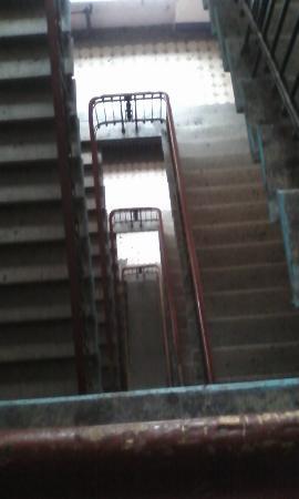 Kapital Hotel na Moskovskom: Парадная лестница