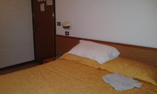 Hotel Touring : ordinata e pulita