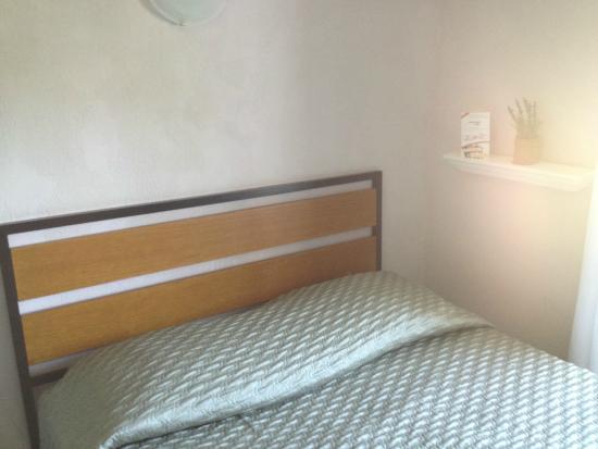 Hotel les Lavandes : camera matrimoniale
