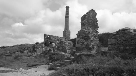 Levant Mine and Beam Engine: Remains of the mine
