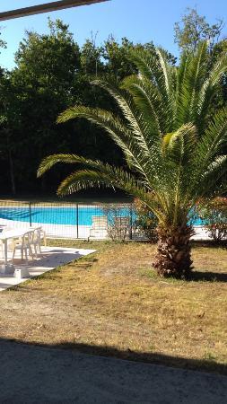 ESTIVEL - Résidence Le Domaine des Sables : Vue piscine