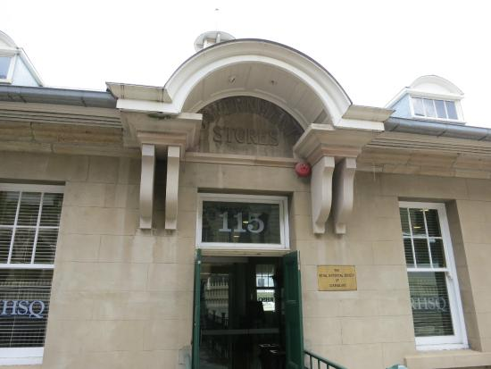 Commissariat Store - William Street entrance