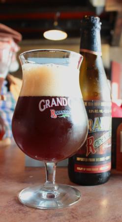 Cafe De Kuppe: Grand Cru ruby beer - yuk !